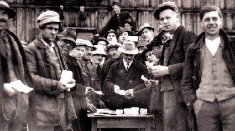 Das Wunder von Wörgll: Arbeiter erhalten Freigeld / Zweckgeld
