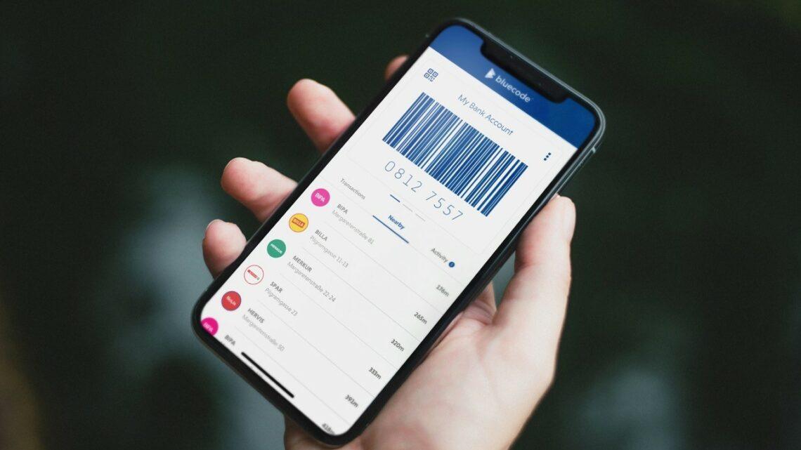 Mit Bluecode bargeldlos per Android-Smartphone, iPhone und Apple Watch bezahlen © Blue Code International AG