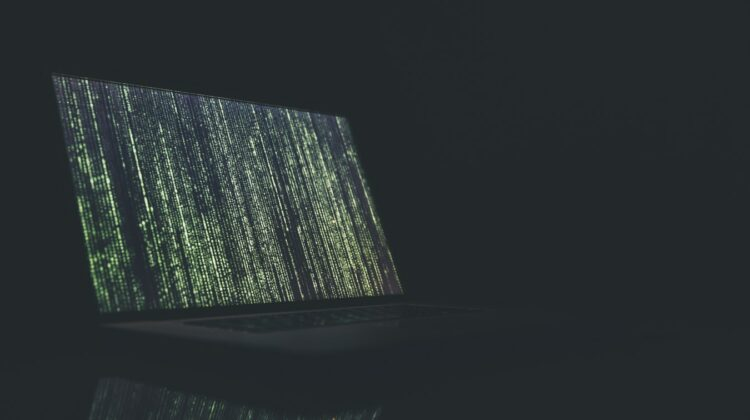 Lange Jahre hat man Verschlüsselung primär aus einem Blickwinkel heraus betrachtet: dem einer Belastung für Geschäftsprozesse. Teuer, komplex und von zweifelhaftem Wert. Wie sich die Dinge doch geändert haben. Nach wenigen Jahren (und nach Hunderten von hochkarätigen Datenschutzverletzungen mit wirtschaftlichen Schäden in Billionenhöhe) lassen sich Cyberbedrohungen nicht mehr ignorieren.