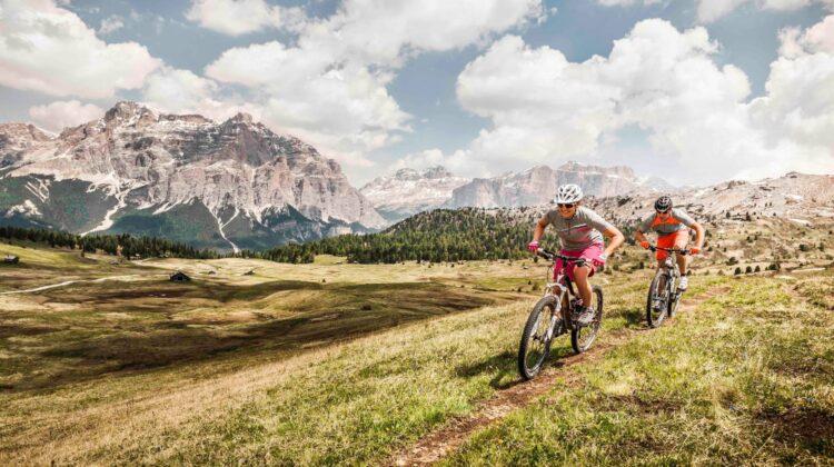 Mountain Bike in Alta Badia. (PHOTOPRESS/Alta Badia/Manuel Sulzer)