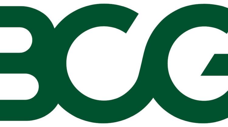 """Die Boston Consulting Group ist eine der weltweit größten Unternehmens- und Strategieberatungen und wurde im Jahr 1963 gegründet. Das Unternehmen ist eine der drei renommiertesten Beratungsgesellschaften, bekannt als """"MBB"""" oder die """"Big Three""""."""