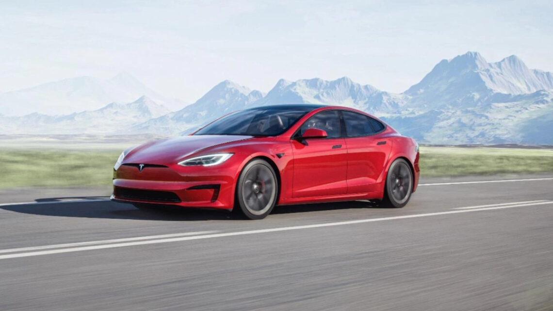 Beschleunigt aus dem Stand in knapp zwei Sekunden auf 100 km/h: Tesla Model S Plaid (Quelle: Tesla)